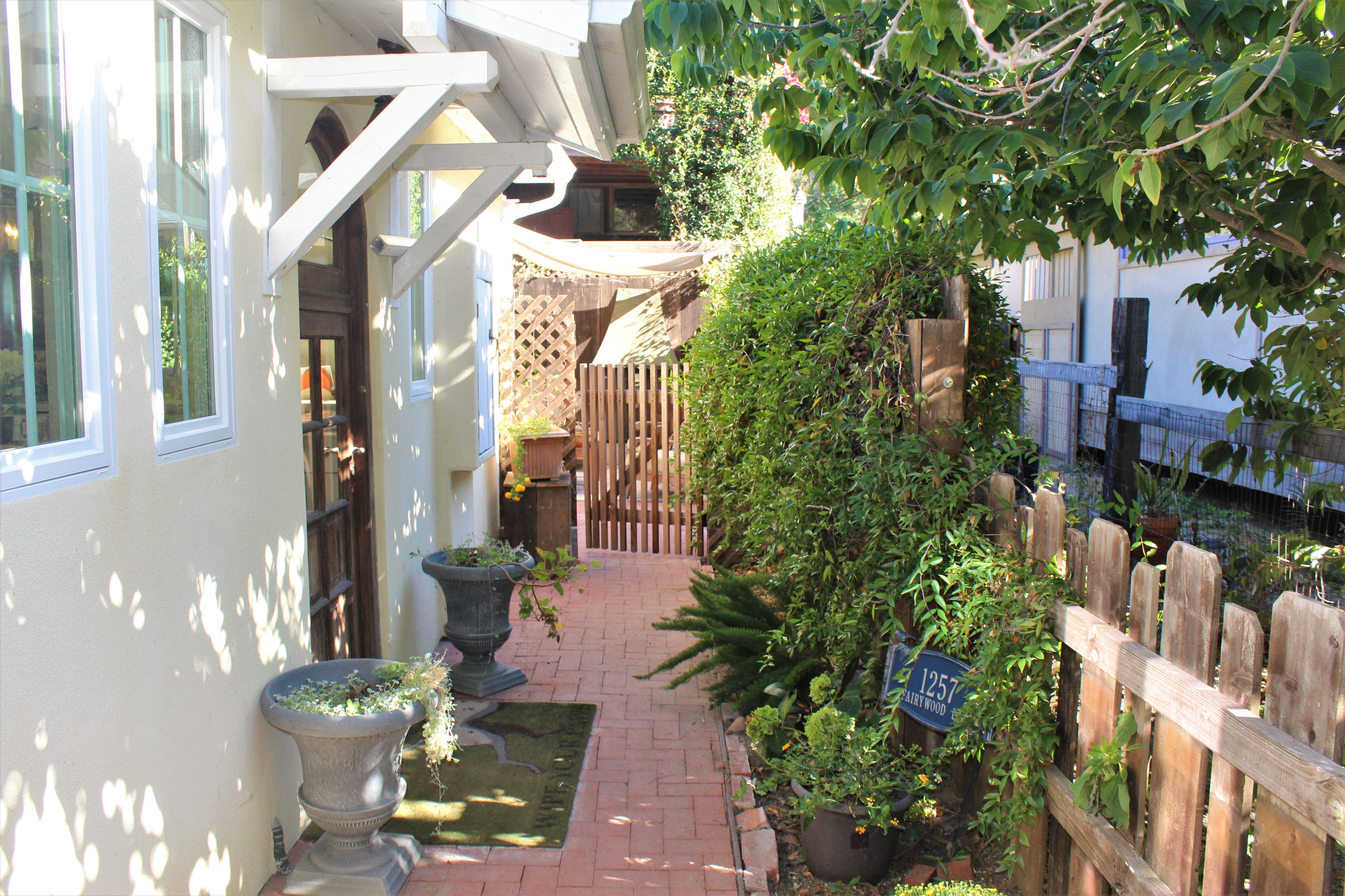 Affordable Secret Community in Laguna Beach