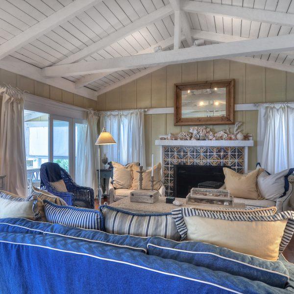 Laguna Beach Homes for Sale or Rent by Laguna Coast Real Estate in Laguna Bluffs area.